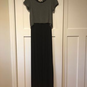 CLOSET CLEAROUT! Cute gray/black maxi dress